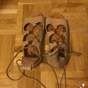 American Eagle nude sandals